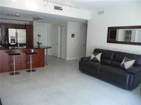 7280 Sw 89th St # 308a Miami, FL 33156