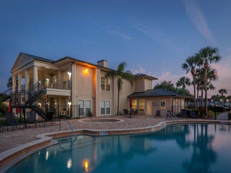 5590 Baldwin Park St, Orlando, FL 32807