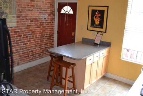 2633 N Charles St, Baltimore, MD 21218