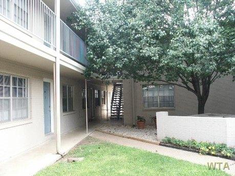 1020 E 45th St Unit 20450, Austin, TX 78751