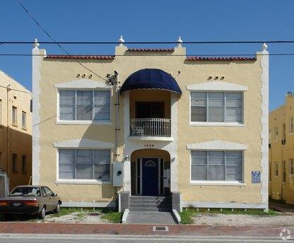 1529 SW 7th St, Miami, FL 33135
