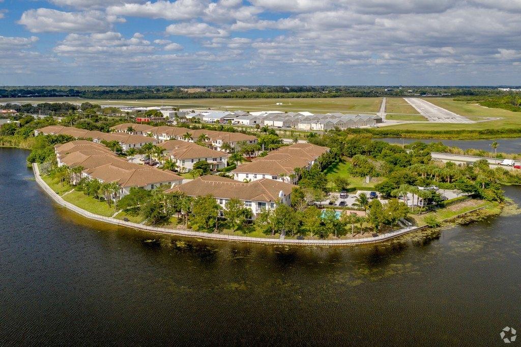 6116 Yellow Sun Dr, Lake Worth, FL 33462