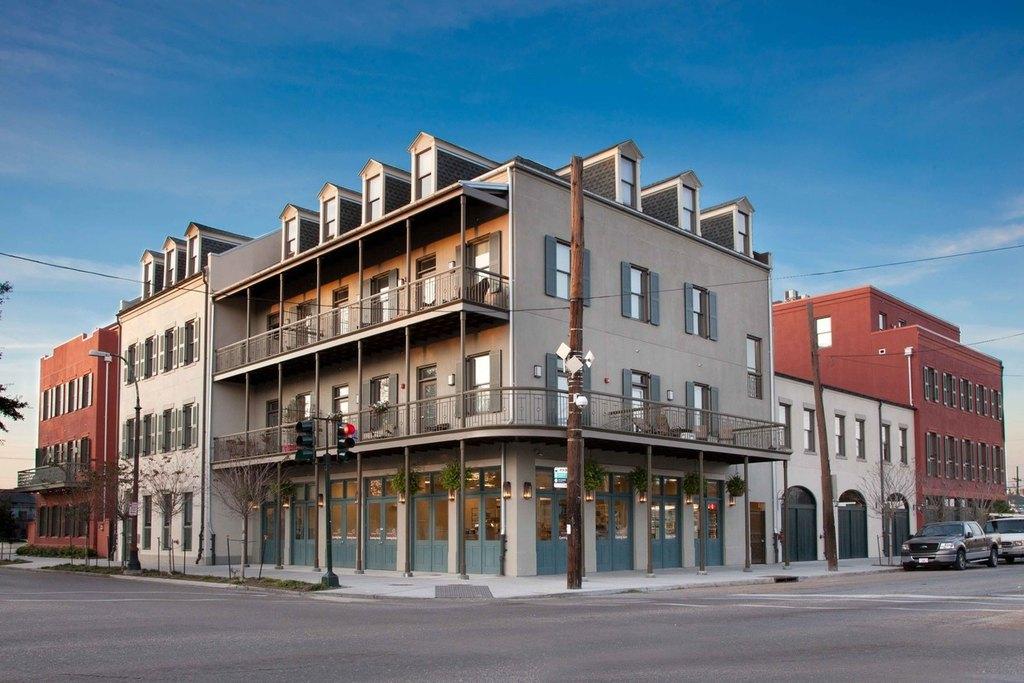 1137 Esplanade Ave, New Orleans, LA 70116