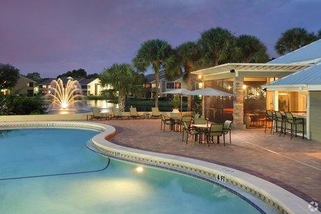 16297 Northdale Oaks Dr Tampa, FL 33624