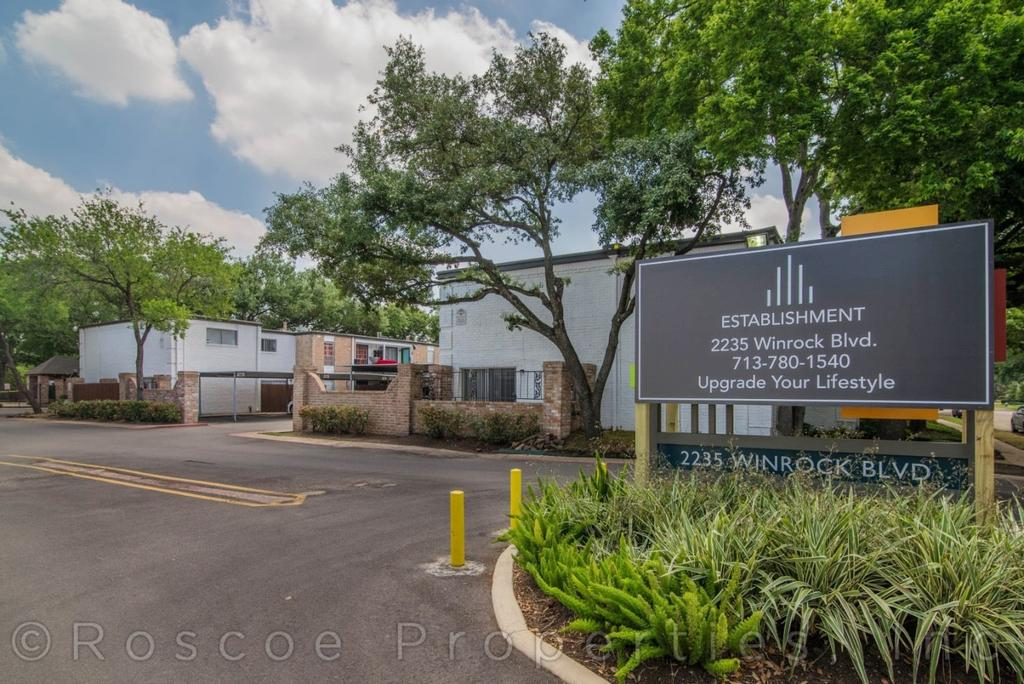 2235 Winrock Blvd, Houston, TX 77057