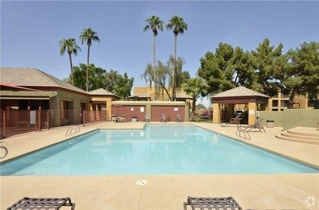 3045 N 67th Ave Phoenix, AZ 85033