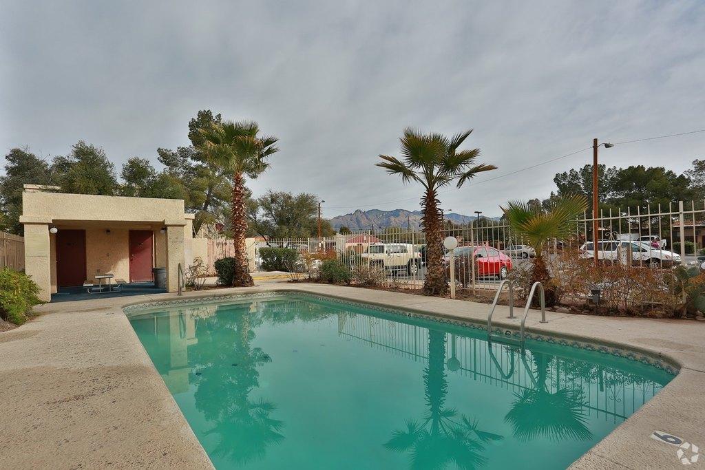 333 W Roger Rd, Tucson, AZ 85705