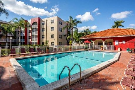 12375 Sw 18th St Miami, FL 33175