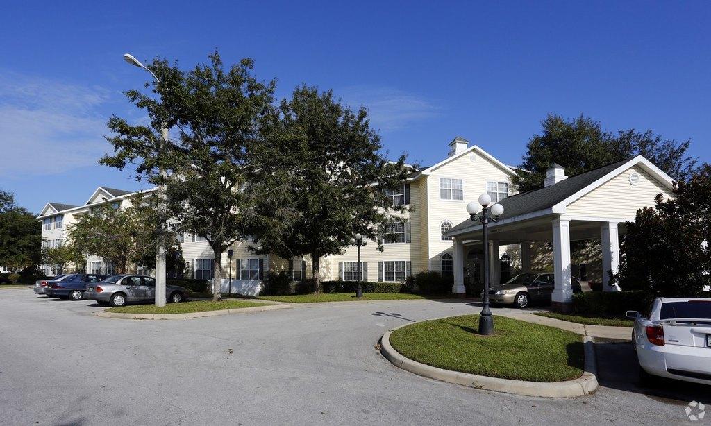 Magnolia Walk Apartments 62 2603 Sw 10th St Apartment