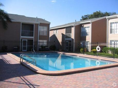 10610 N 30th St Tampa, FL 33612