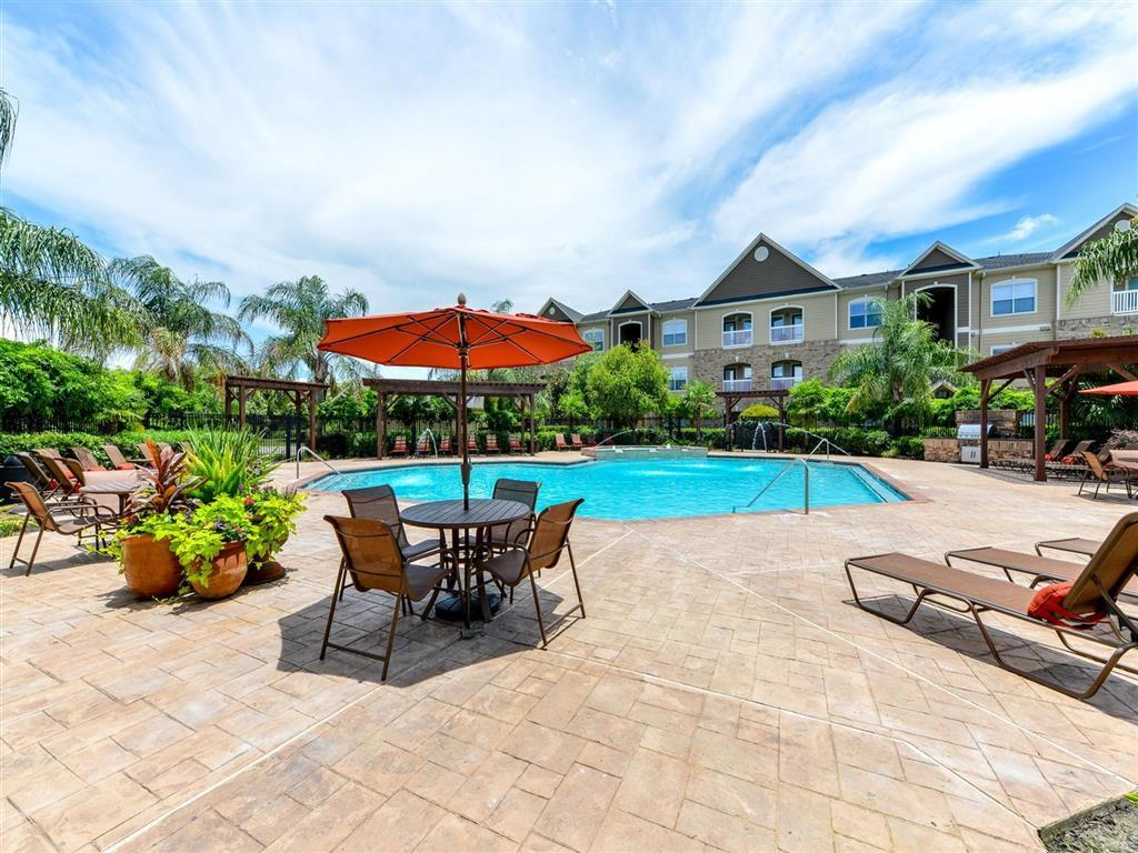 11666 Gulf Pointe Dr, Houston, TX 77089