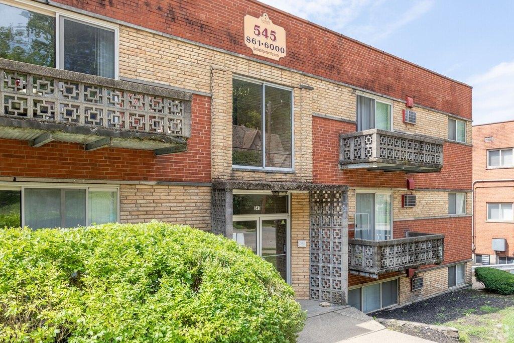 525-529 Lowell Ave, Cincinnati, OH 45220