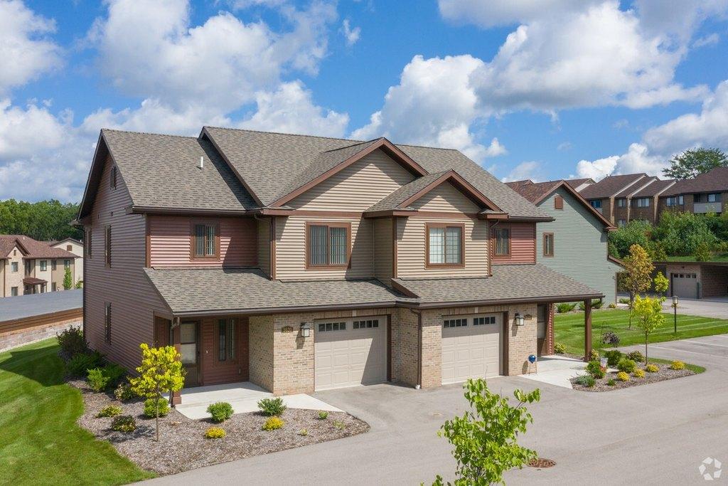 3436 Burton Ridge Rd SE, Grand Rapids, MI 49546