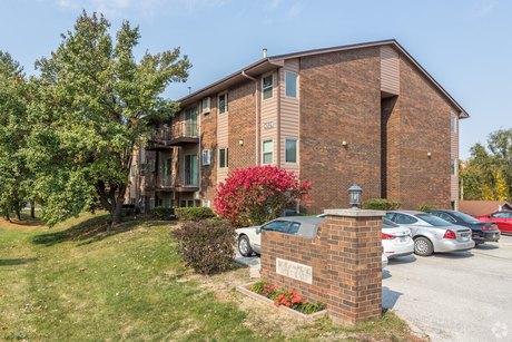 Ames Ia Apartments Houses For Rent 374 Listings Doorsteps Com