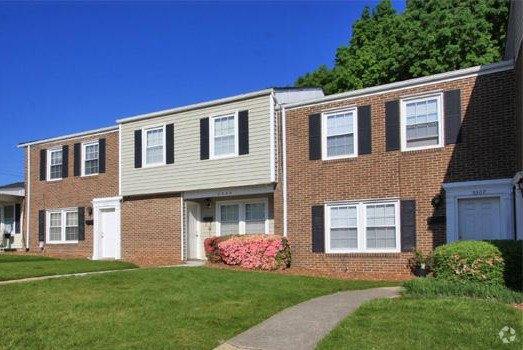 5581 Burnlee Pl, Raleigh, NC 27609