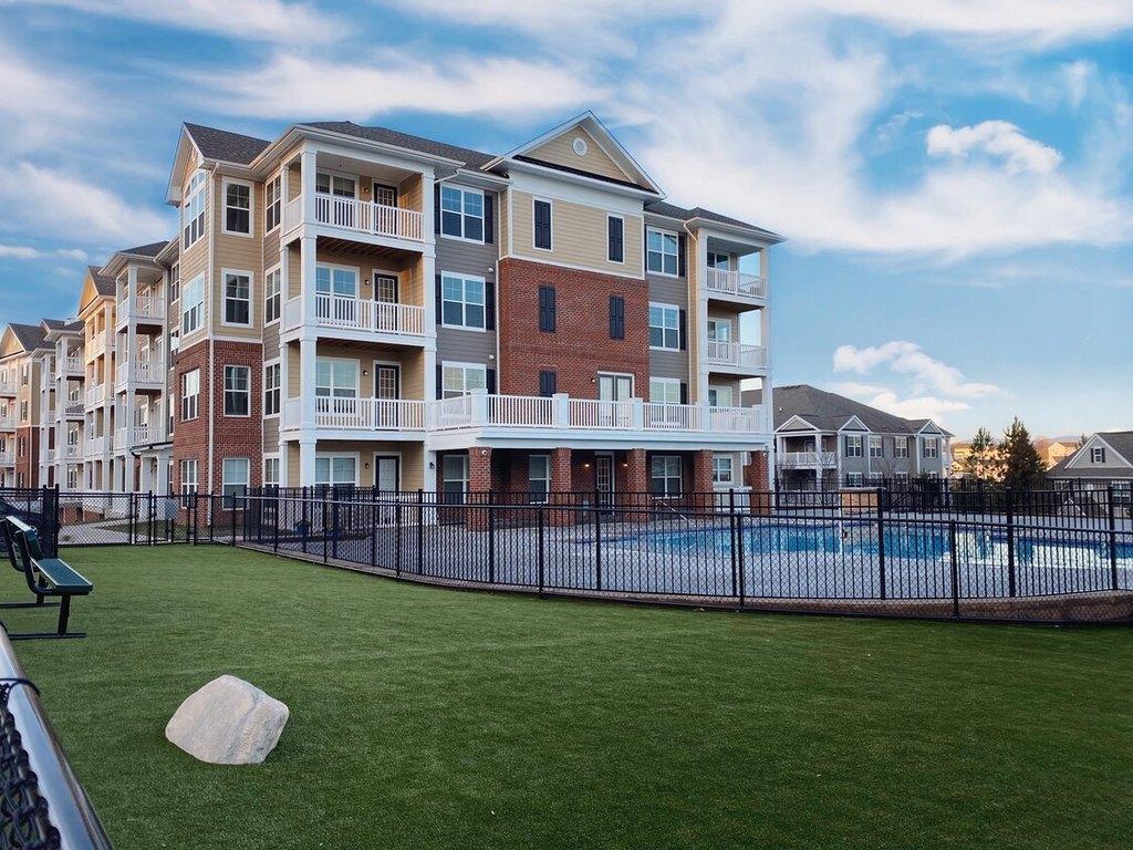 100 Terrace Greene Cir, Barboursville, VA 22923