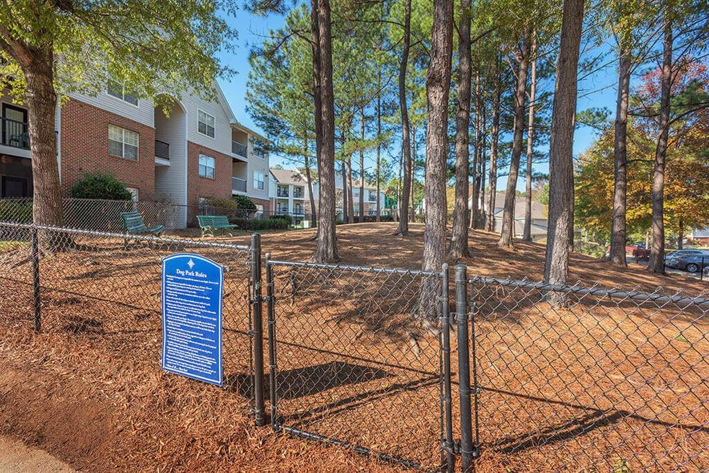 1800 Southpoint Crossing Dr, Durham, NC 27713