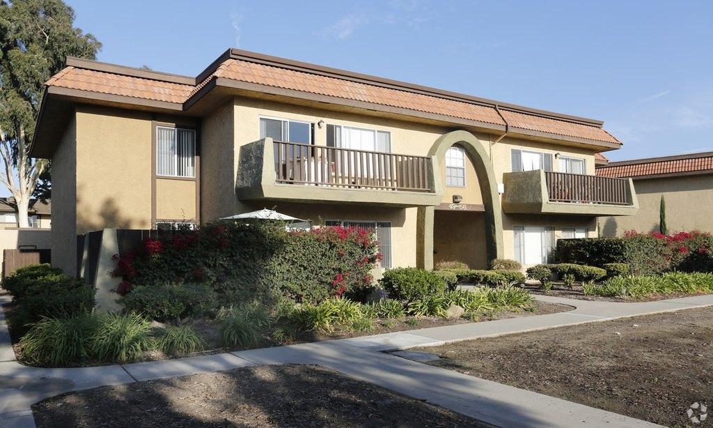 201 W Vineyard Ave, Oxnard, CA 93036