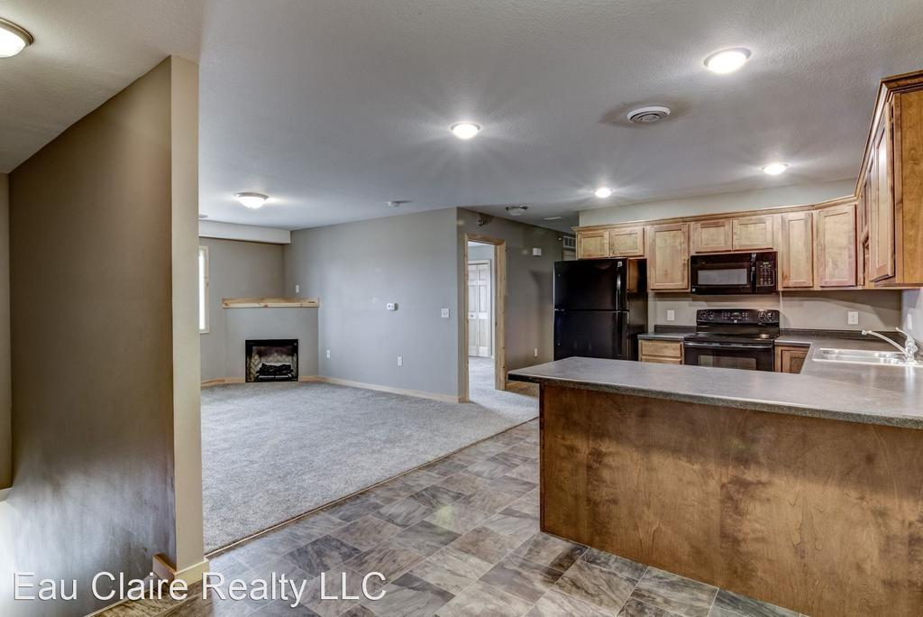 1455 Coventry Lane 1-4/1481 Coventry Ln # 1-4, Chippewa Falls, WI 54729