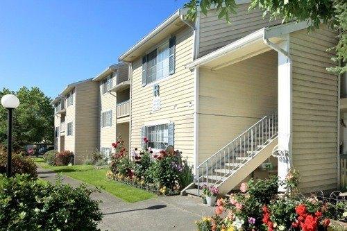 1202 N Pearl St, Tacoma, WA 98406