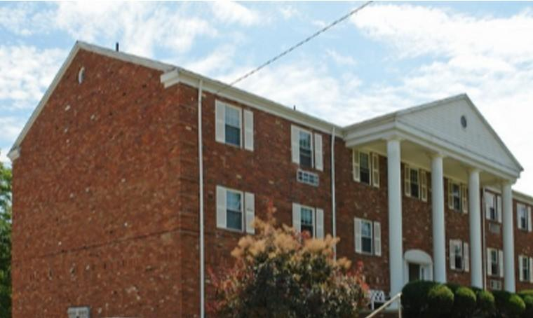 1500 Bridge Rd Apt 105, Charleston, WV 25314
